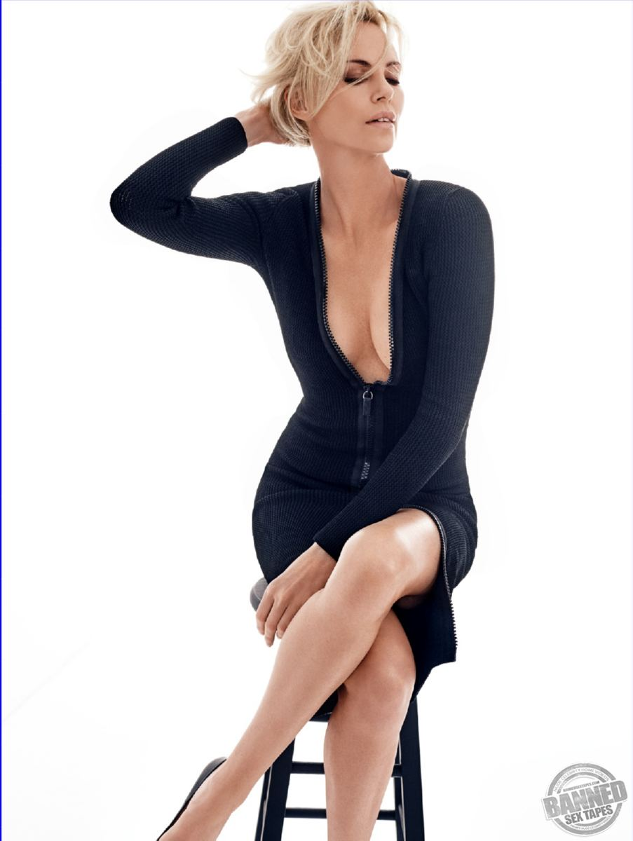 Largest Nude Celebrities Archive. Charlize Theron fully naked! ::: www.pure-nude-celebs.com/celebsextape/charlize-theron1/3911df4.html