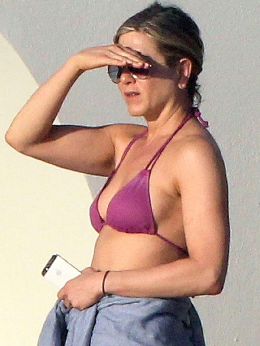 Jennifer Aniton Nude 62