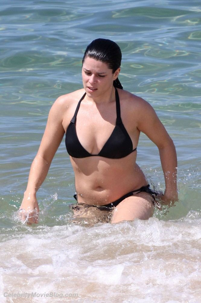 Largest Nude Celebrities Archive. Neve Campbell fully naked! ::: www.pure-nude-celebs.com/celebsextape/neve-campbell/3911df4.html