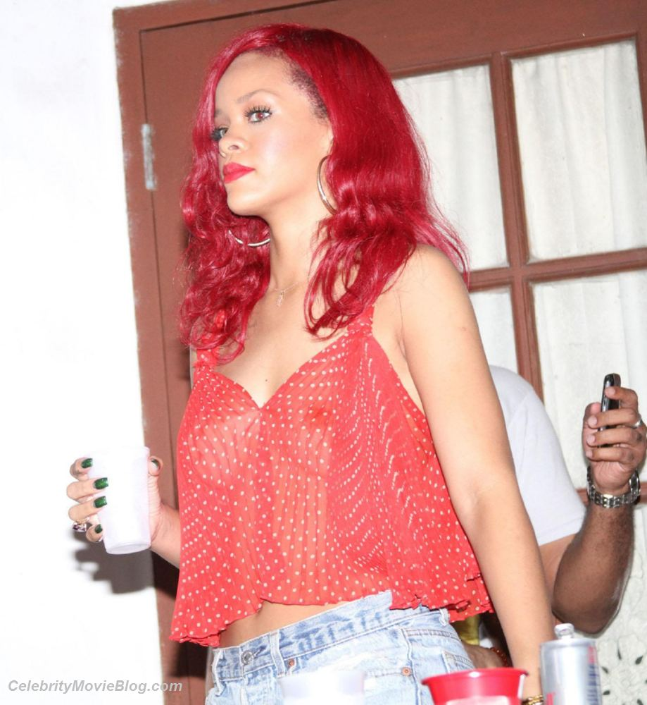 New Rihanna Nude Pics All Videos
