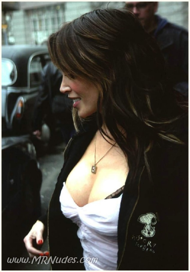 Free Danni Minogue Nude Pics 90