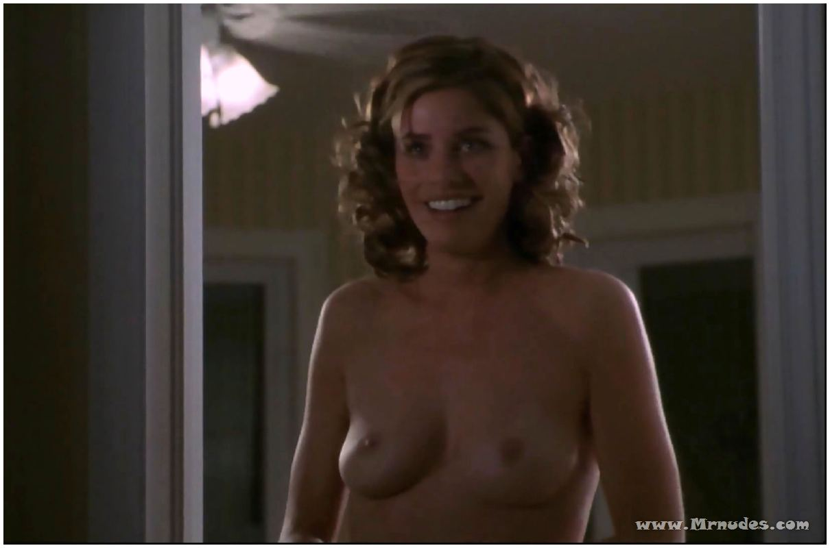 Amanda peet nude in whole nine yards 10