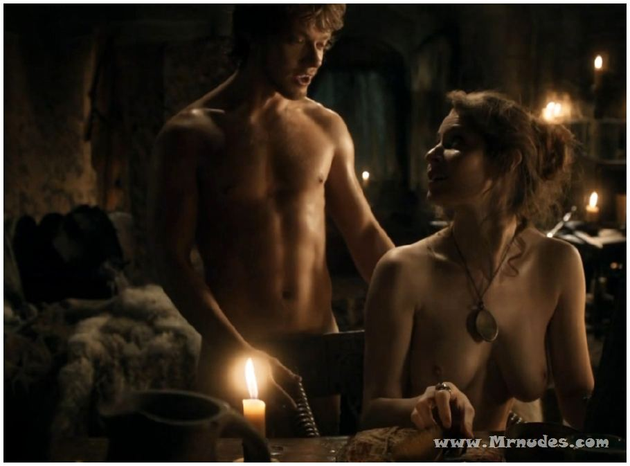 Esme Bianco Nude Pictures