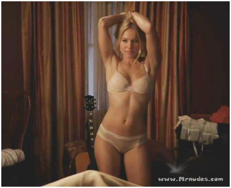 playmate jennifer aniston blonde pics