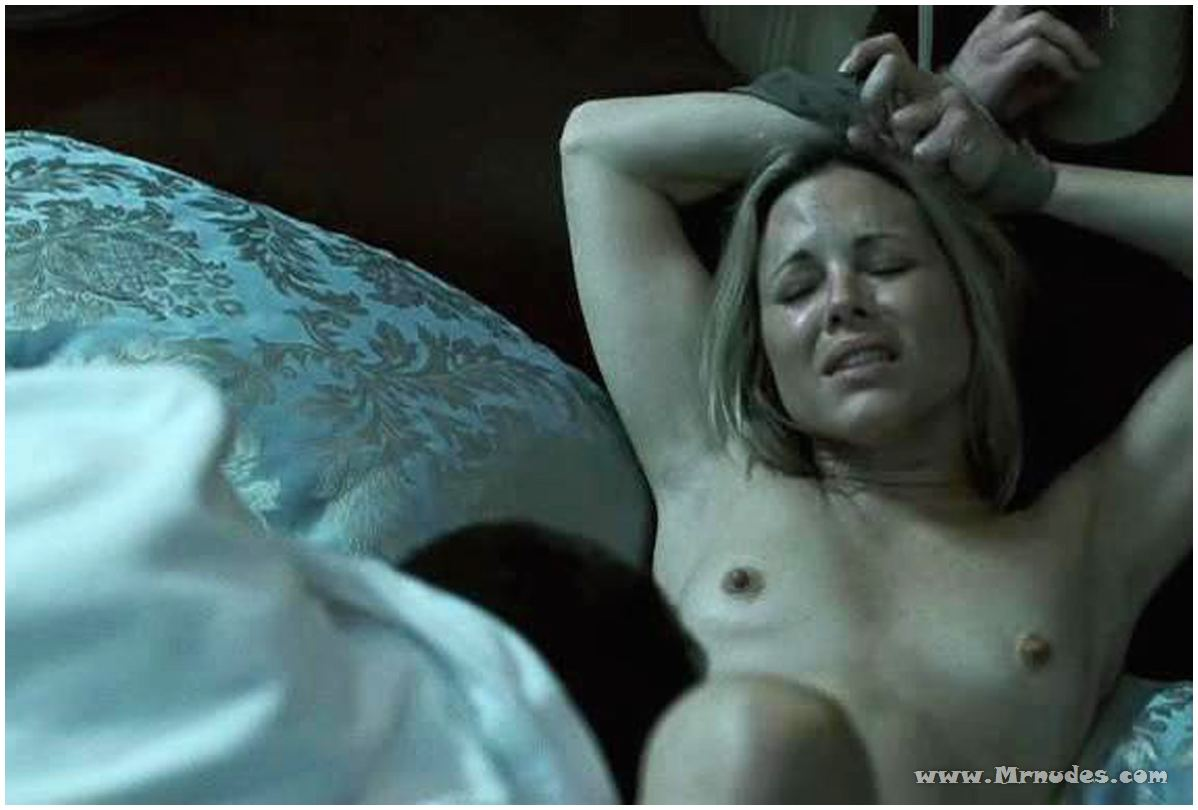 Lezzy maria bello blowjob