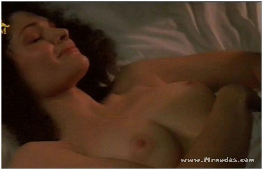 Elizabeth mary mastrantonio nude