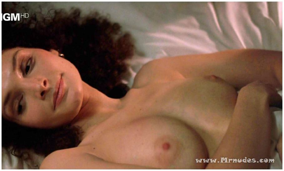 Mary elizabeth mastrantonio sex tape