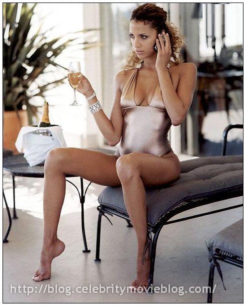 noemie lenoir nude   pure nude celebs   celebrity naked