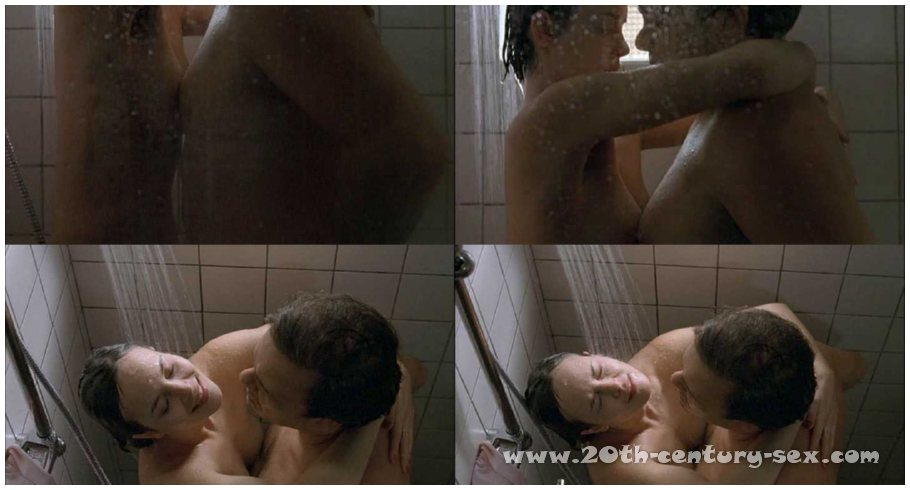 wendi mclendon-covey nude
