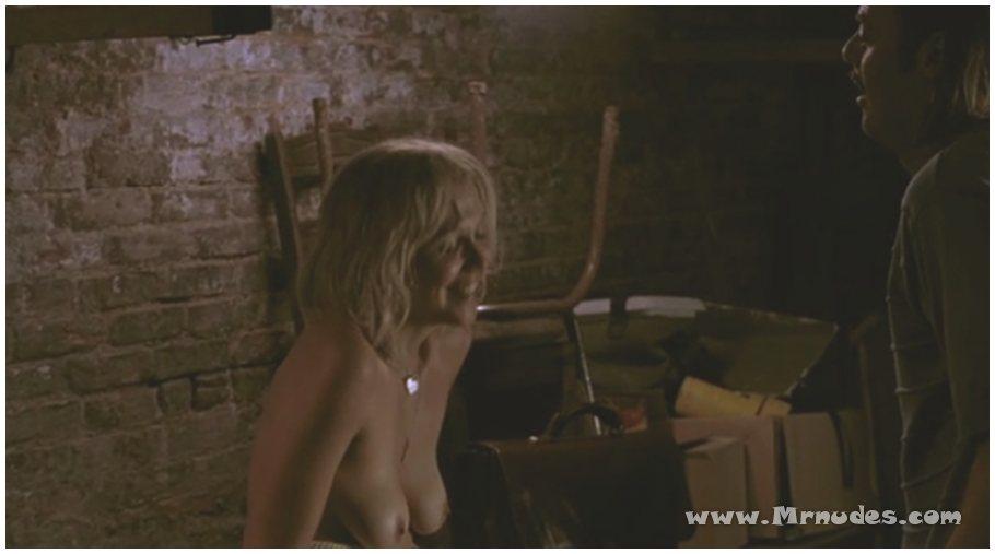 Maggie Gyllenhaal naked photos. Free nude celebrities.