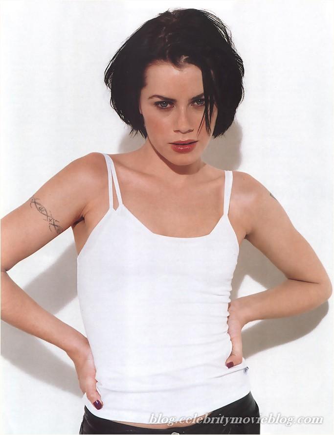 Aimee sweet lesbian bondage
