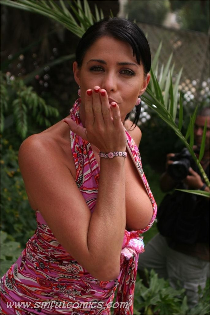 Pamela David - nude celebrity toons @ Sinful Comics Free Membership: www.pure-nude-celebs.com/toons/pamela-david/3950DF4.html